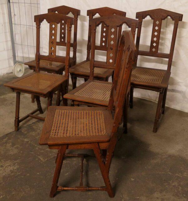 Sechs Stühle Sitzfläche aus Bastgeflecht