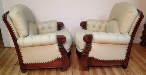 Restauriertes Sesselpaar aus Nussbaum