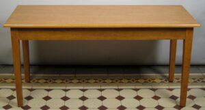 Restaurierter Küchentisch aus Buchenholz