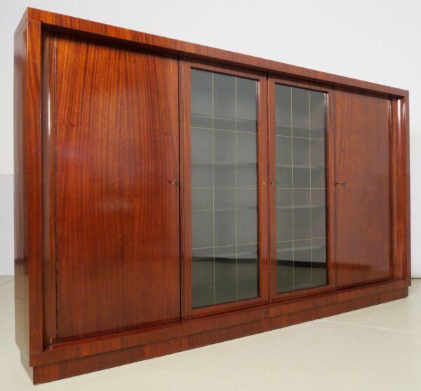 Viertüriger Bauhaus Bücherschrank