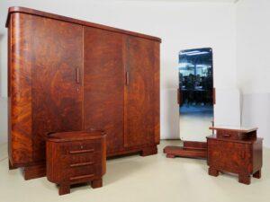 Art Deco Schlafzimmer aus Nussbaum