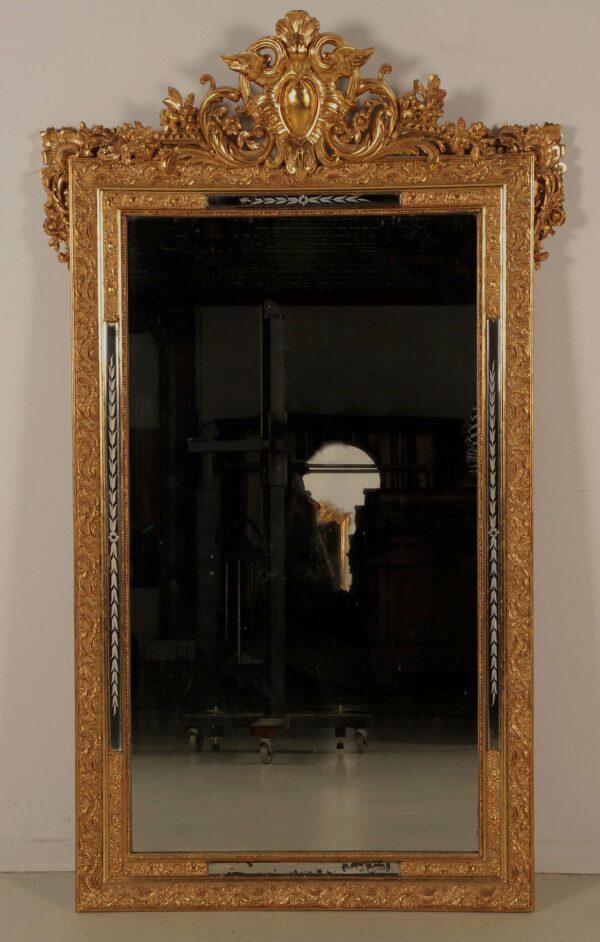 Restaurierter vergoldeter Spiegel