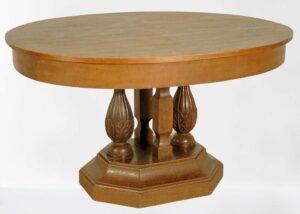 Ovaler Esstisch aus Eiche