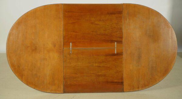 Ovaler Auszugstisch aus Nussbaum