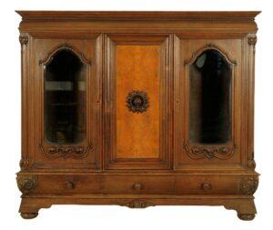 Interessanter Bücherschrank gefertigt um 1910