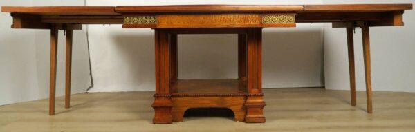 Buffet, Sideboard und Tisch mit wunderschönem Beschlagwerk