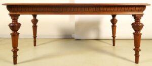 Restaurierte Gründerzeit Tafel aus Eiche