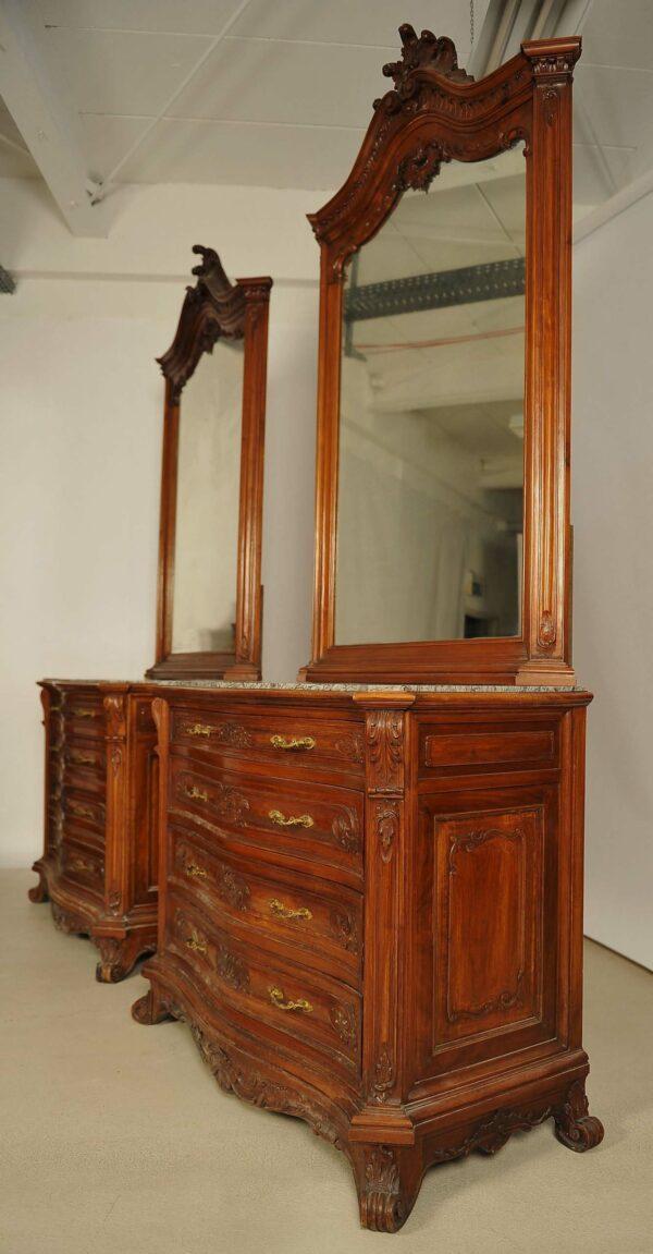 Monumentales Prunk Schlafzimmer im Rokoko Stil