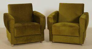 Zwei grüne Sessel aus den 70er Jahren